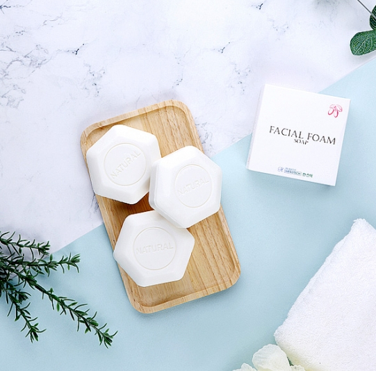 Facial foam soap