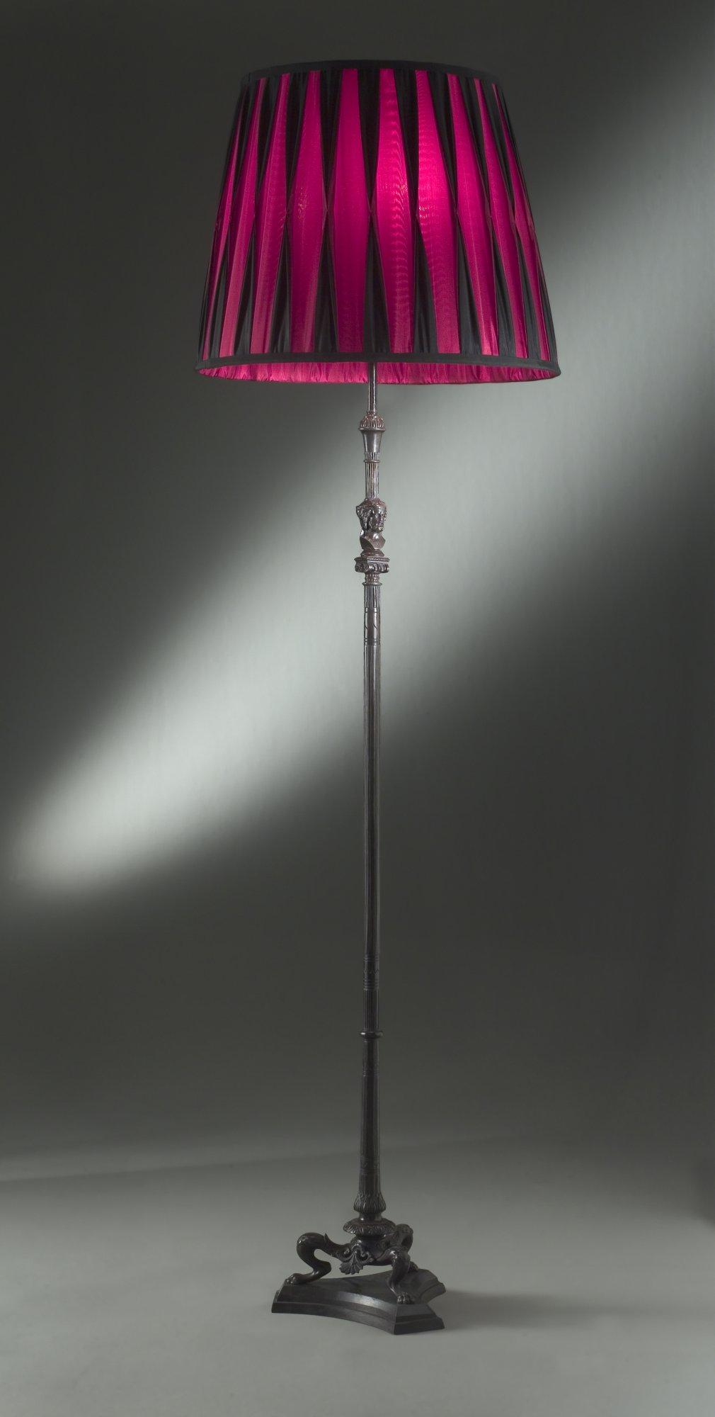 Neo-classique floor lamp