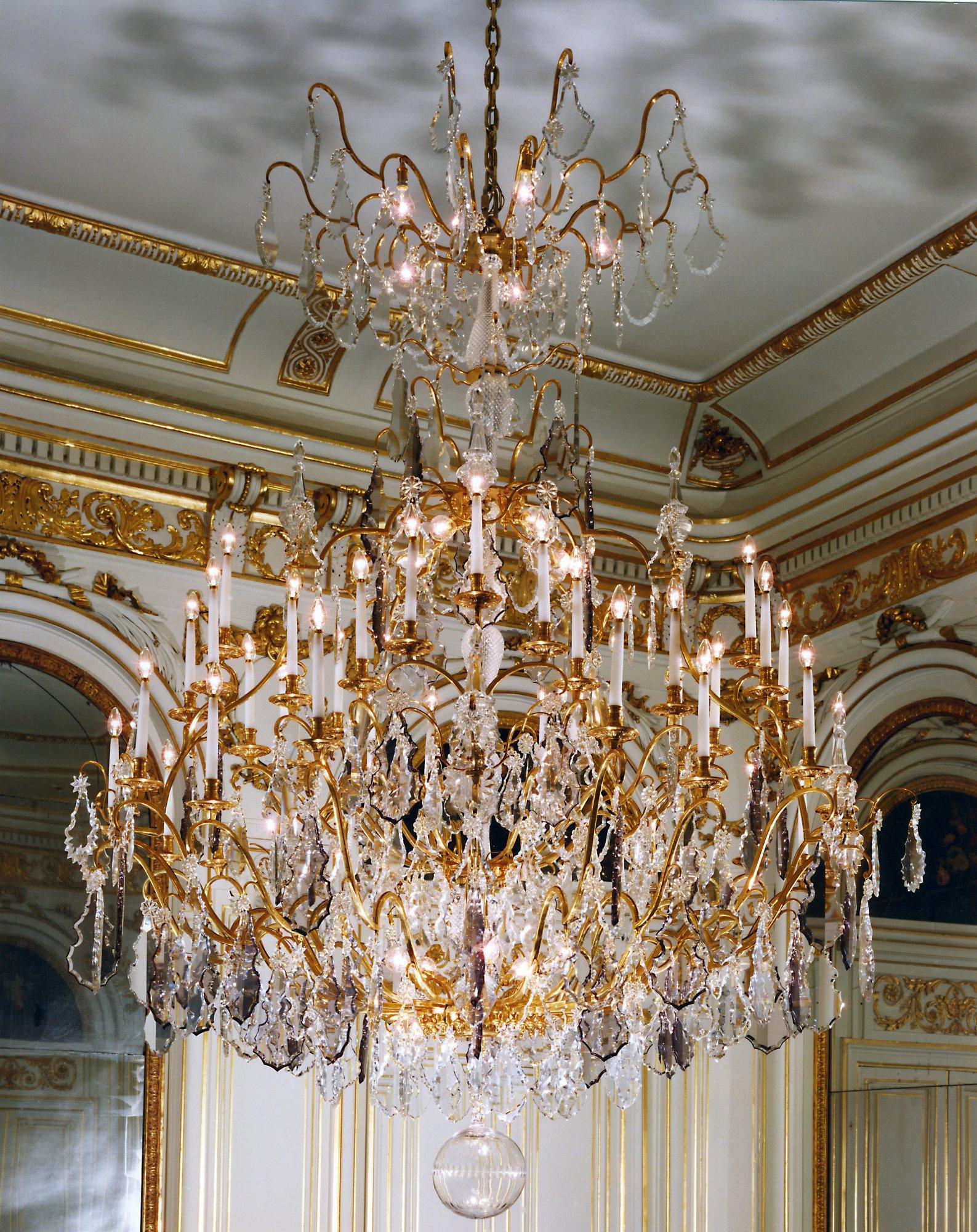 Figaro chandelier