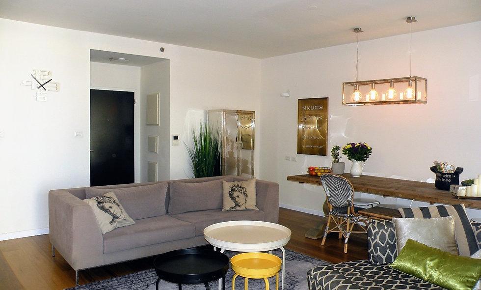 דירה למכירה במגדלי תל אביב  דירת 5 חדרים