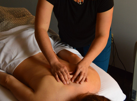 Can't Afford a Massage Right Now? Here's How To Give a Fantastic One, (And Then Show Your Partner)