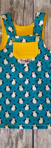 80_Latzrock_Pinguin