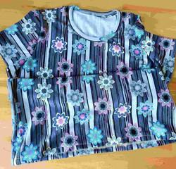 176_Shirt_Blumen