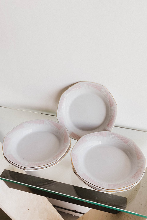 Platos hondos de porcelana 80s