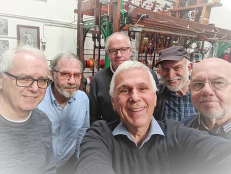Fünf Hückeswagener Freunde gönnen sich einen tollen Vormittag im 3-Städte-Depot