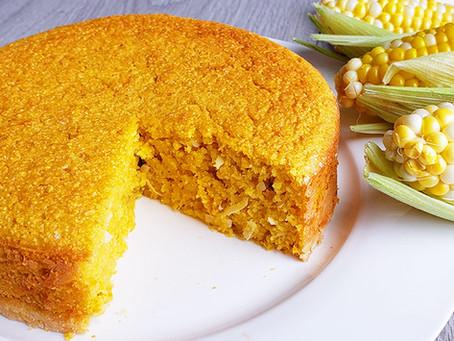 Uma versão saudável do bolo de milho com coco que é uma delícia