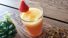 Suco de pêssego, morango e tangerina para fortalecer o sistema imunológico