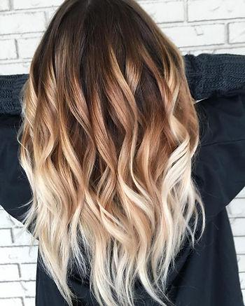 envy-inducing-platinum-blonde-to-golden-