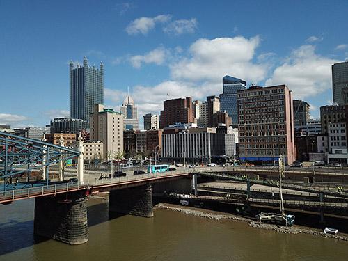 Mon Wharf Pedestrian Bridge