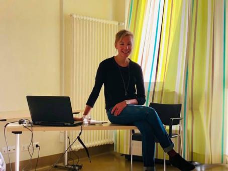 Communication Thérapeutique et Hypnose aux HRS