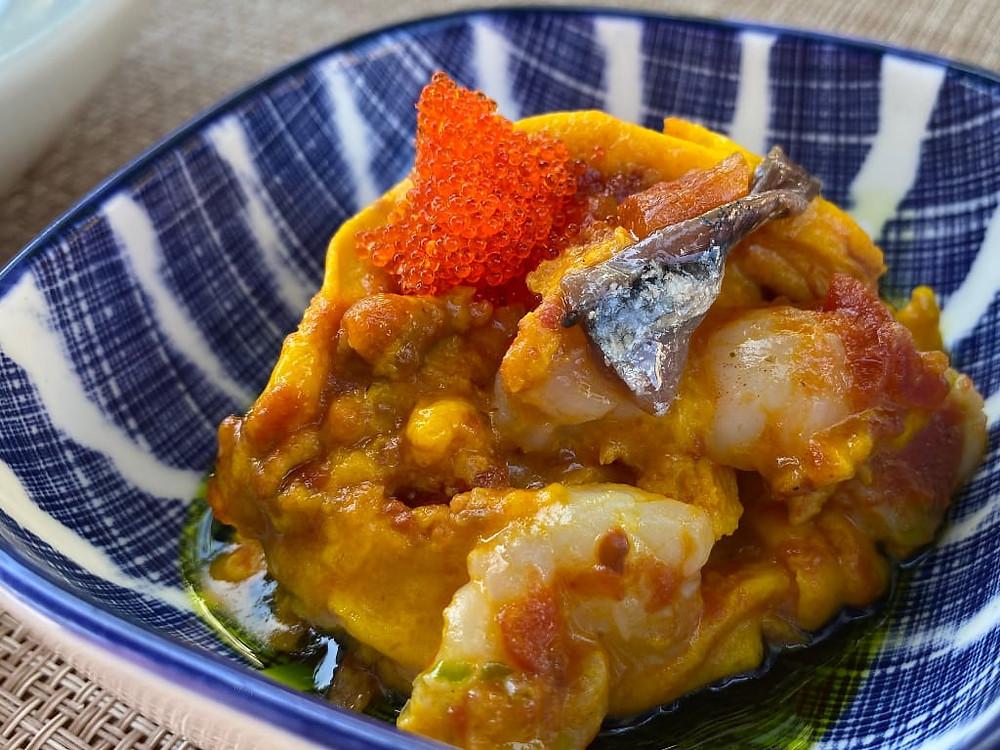 Frittatina ai frutti di mare con uova di pesce volante