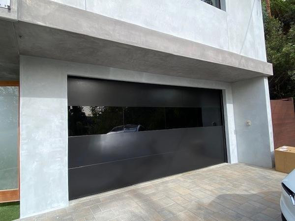 Infinity_Flush_Panel_Smooth_Steel_Garage