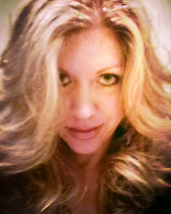 Kate Spry - Famous Clairvoyant Psychic Medium Intuitive Reader Paranormal Investigator