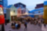 Blue_House_Yard_Jan_Kattein_Architects_h
