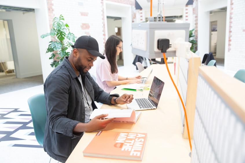Tripod Desk Shots Oct 2018-29 Print res_