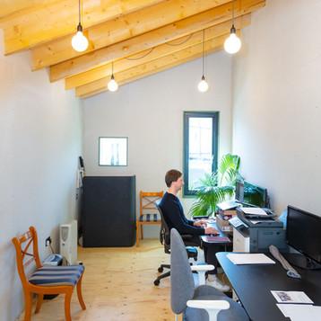 Studio / office units
