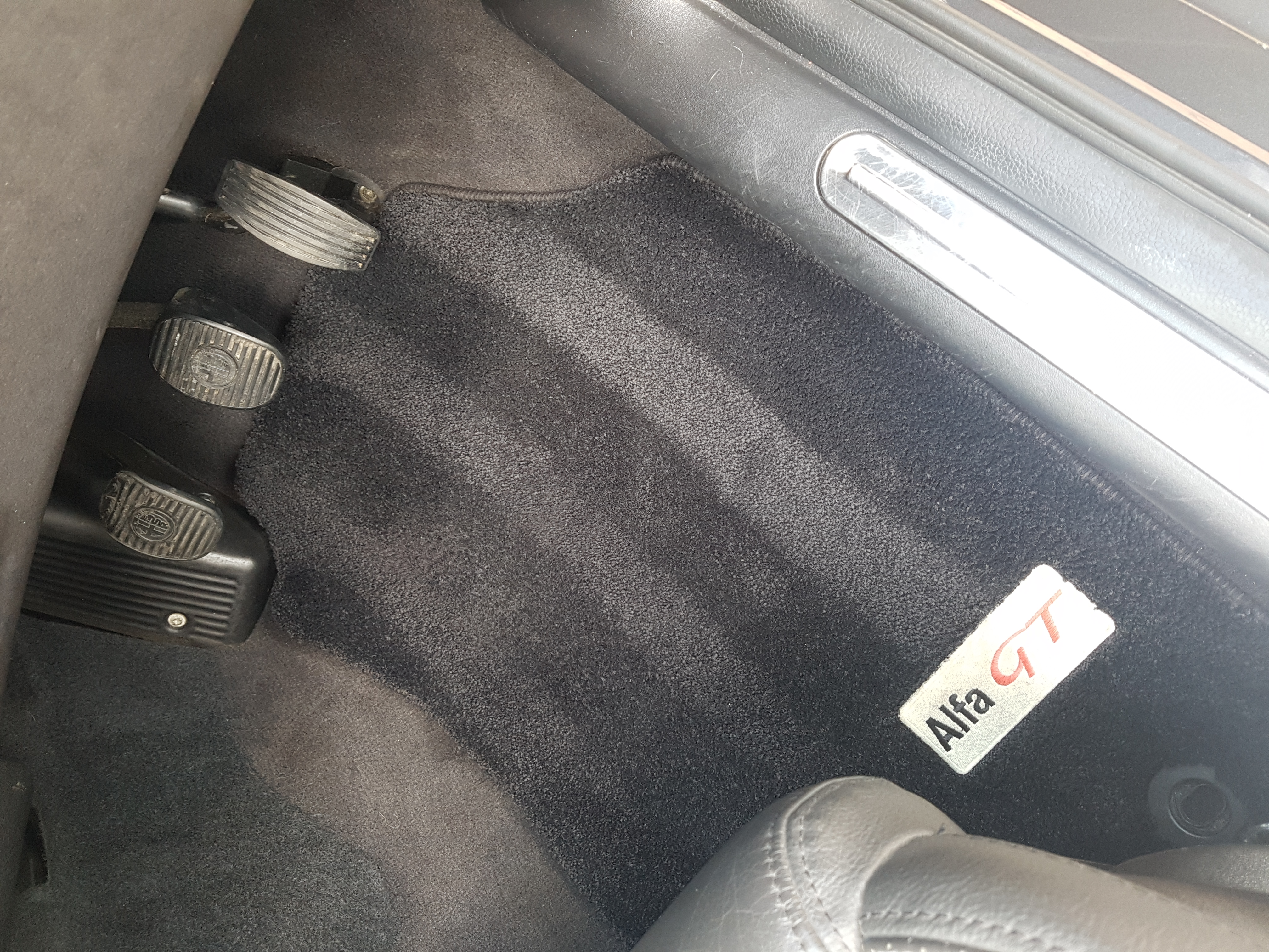 Alfa Romeo carpet