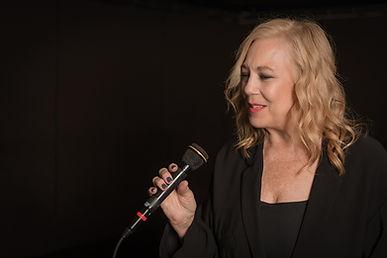 ann-malcolm-jazz-singer.jpg