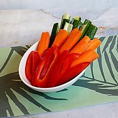 VEGETABLE STICKS الخضروات المقطعة