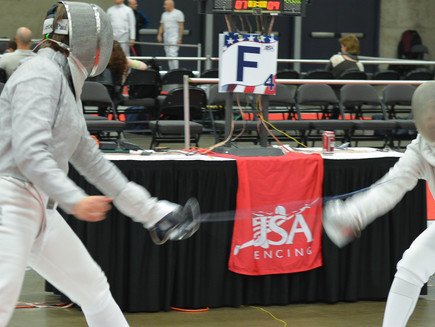 Fencing Newbie: What do I take to a tournament?
