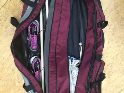 How do I…pack my fencing bag for a long trip?