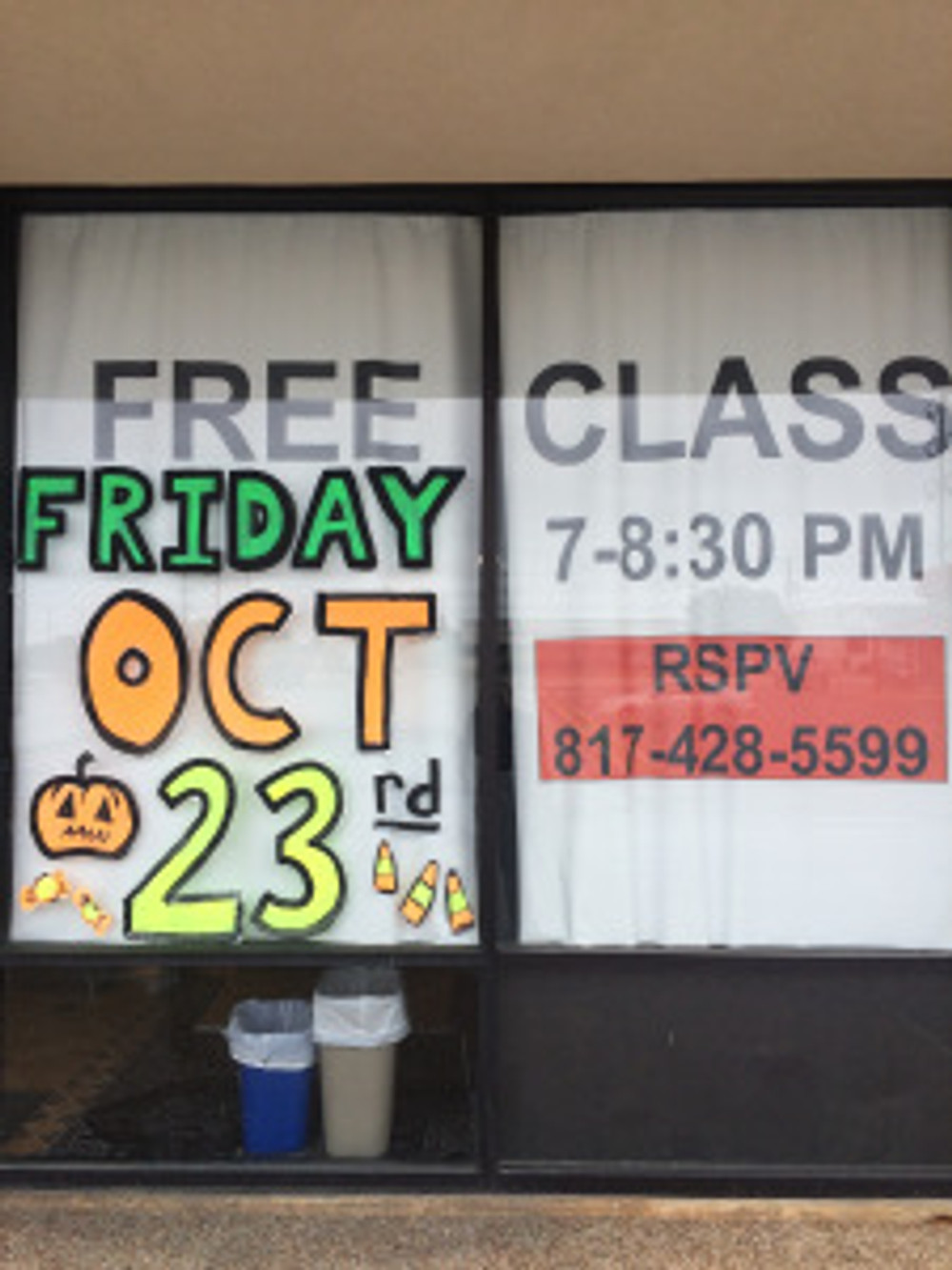 Free class sign