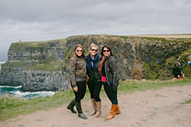 Cliff-Coast_Women-and-Cliffs-of-Moher_Sm