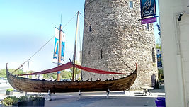 Viking_longship,_Waterford.jpg