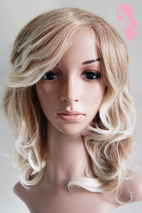 W14  Caramel Blonde Mix Ombre Wavy Medium Length Wig