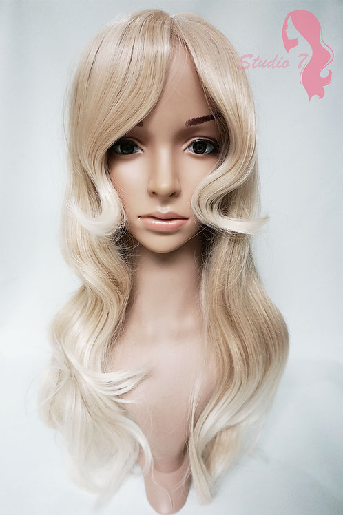 W82 Homey Blonde Ombre Long Wavy Full Wig