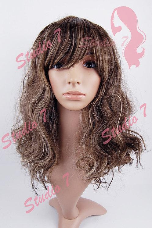W176 Brown Mix Medium Length Wavy Wig