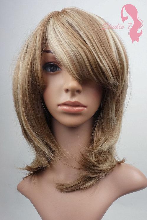 W80 Brown Mix Blonde Highlight Medium Length Bob