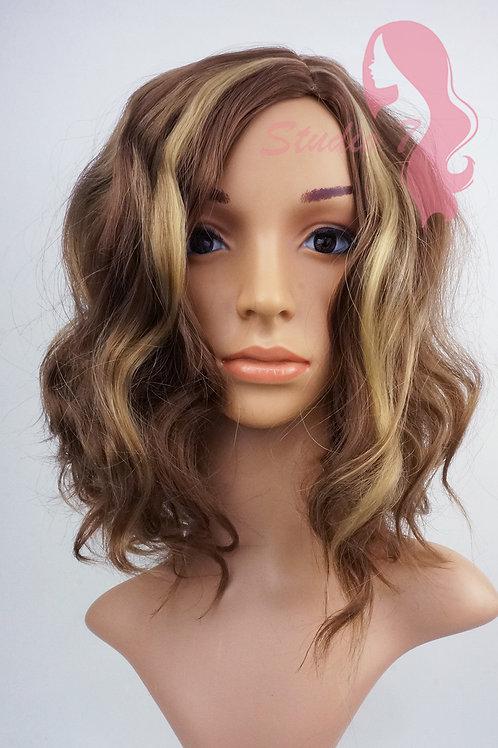 W120 Chcolate Blonde Beach Waves Shoulder Length Wig