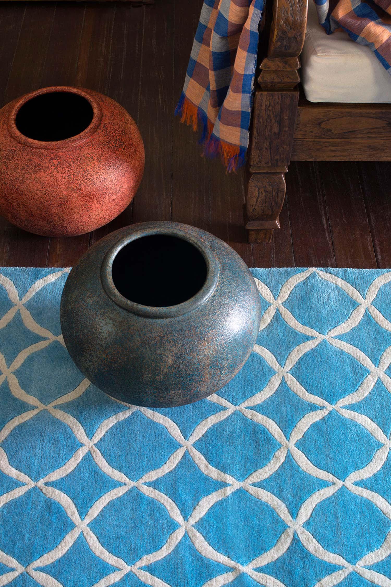 Red carpet fresh blue detail