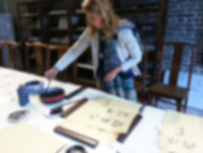 Ingela Johansson in China calligraphy workshop