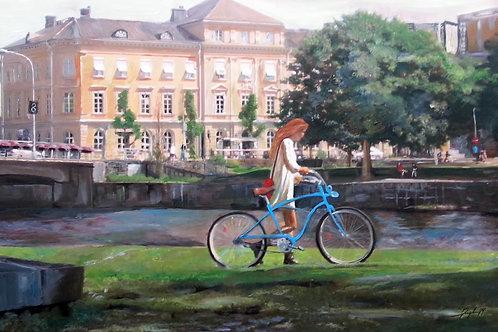 Blue bicycle at Rådhuset Karlstad