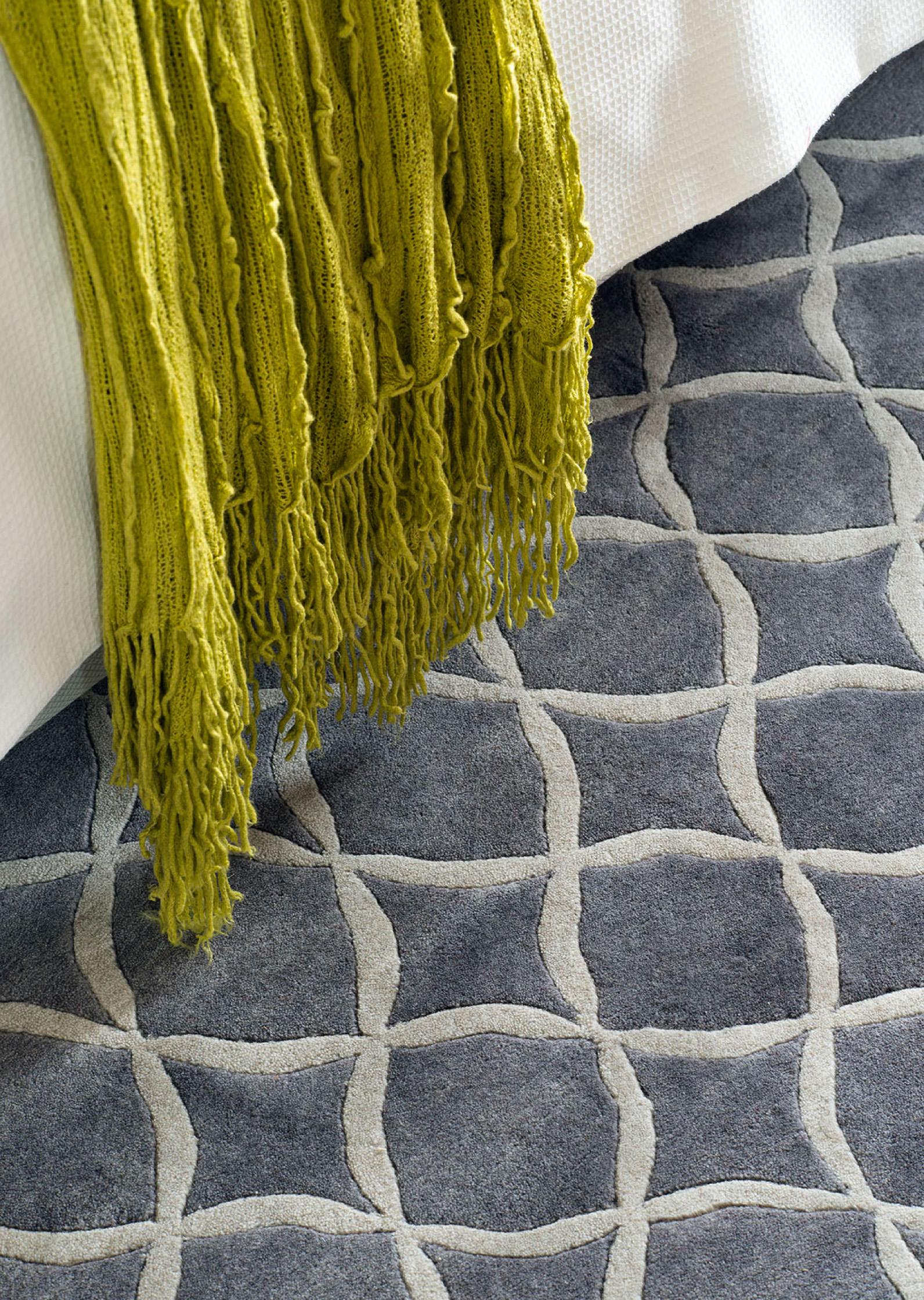 Red Carpet grey detail