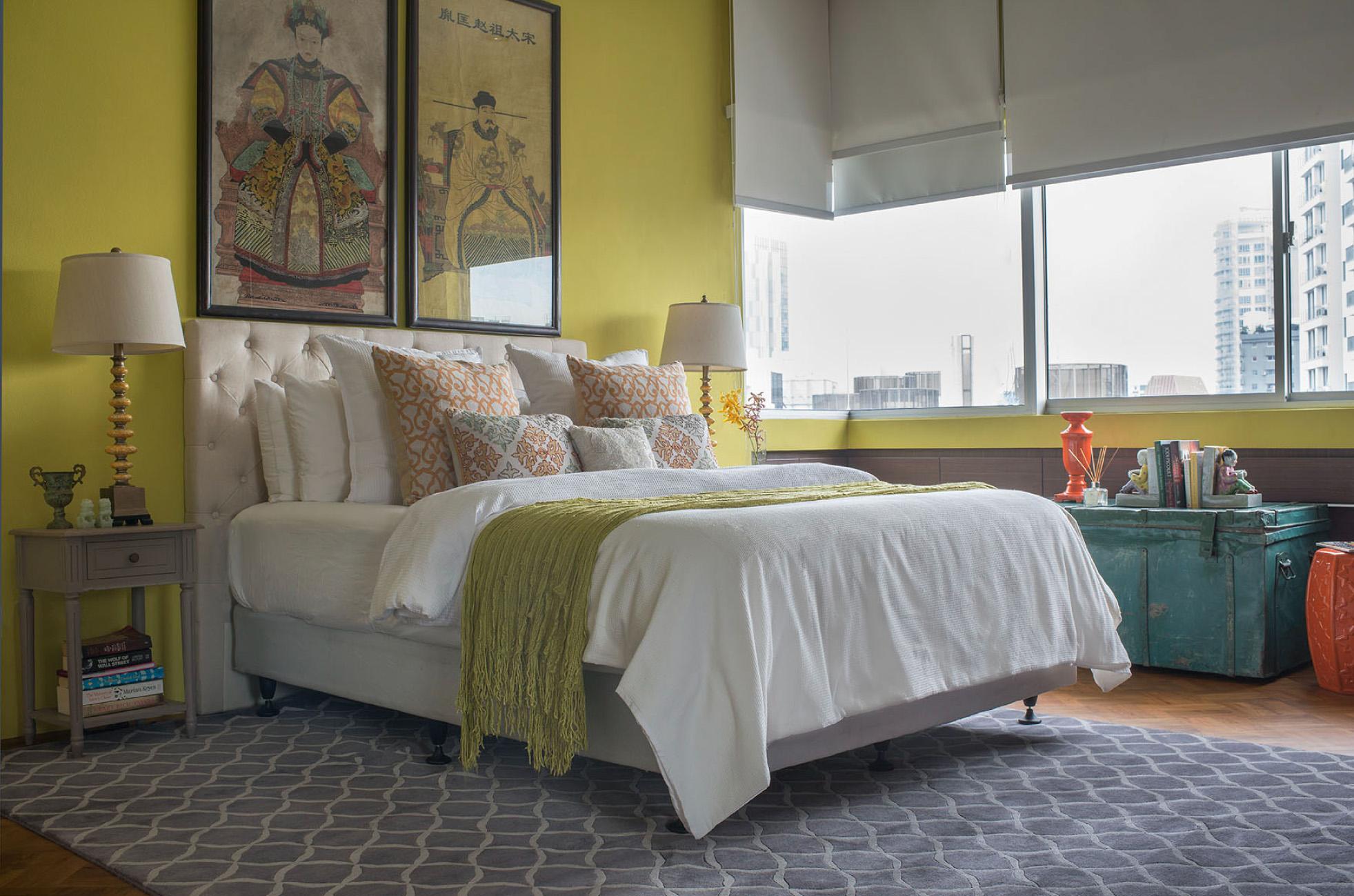 Red Carpet bedroom grey
