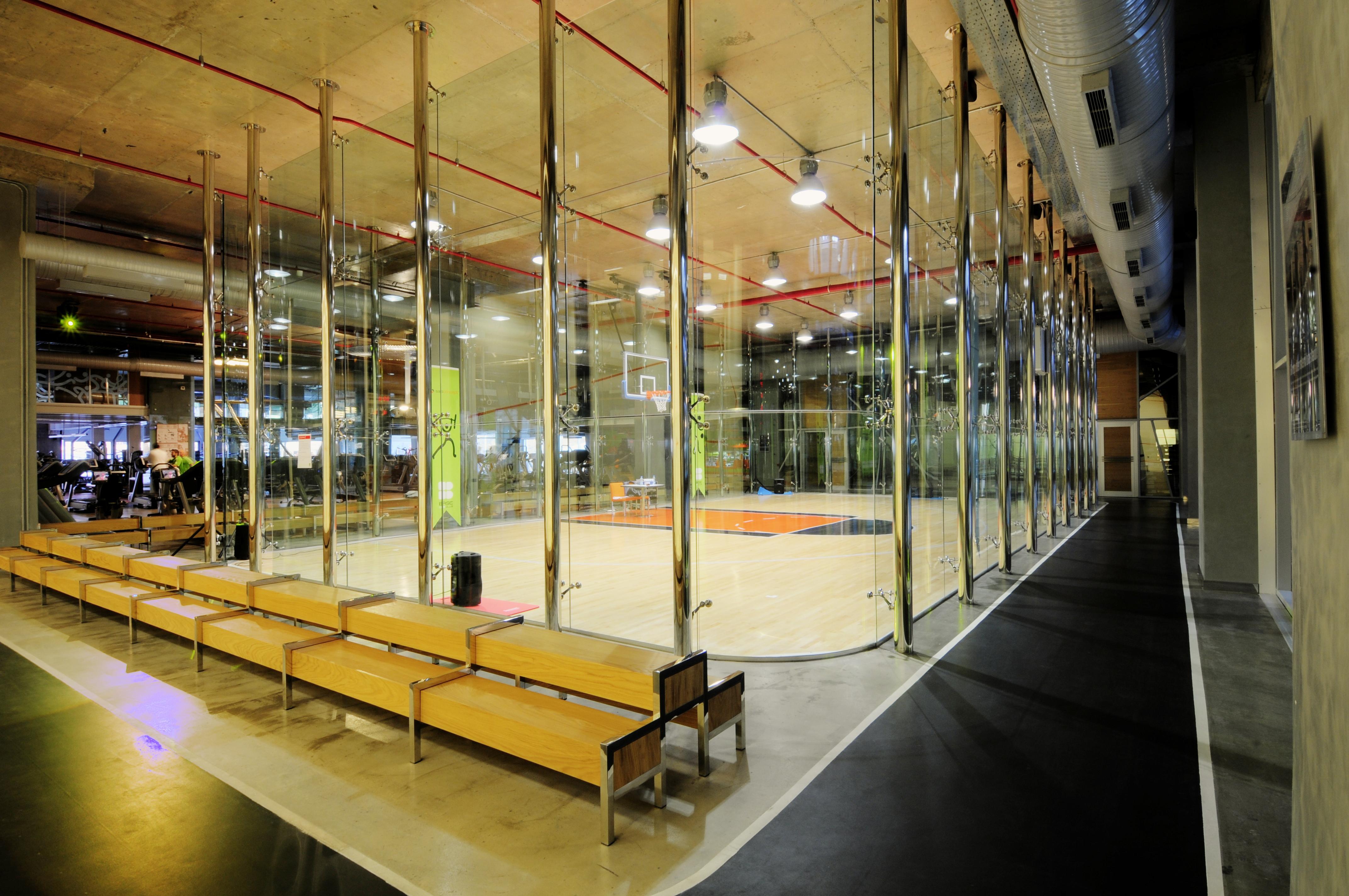 BASE LİFE CLUB