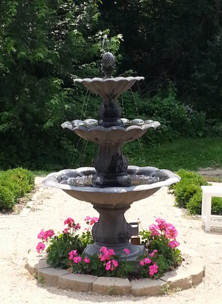 Full water fountain