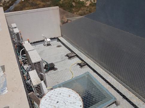 הרחקת יונים-גגות טכניים (5).jpg