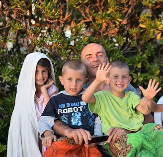 Roberto con i piccolini