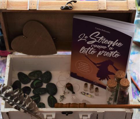 Libro Le streghe Vanno a letto Presto - Carla Babudri