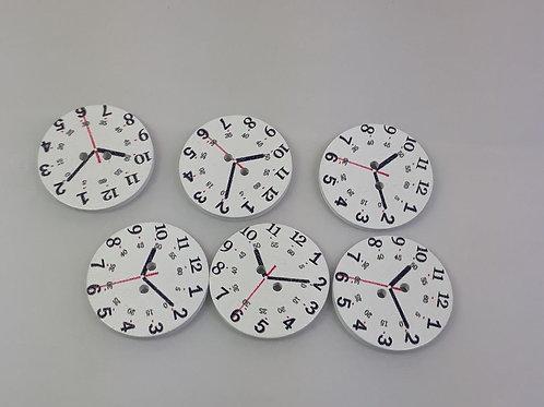 Botão Relógio madeira com 6 unidades