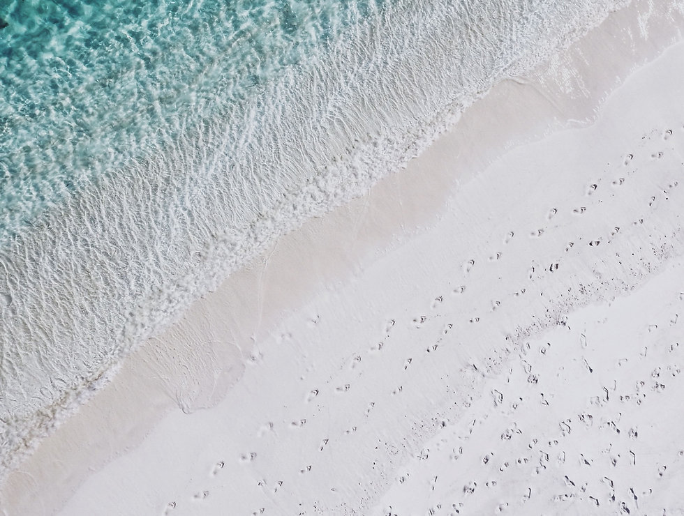 Empreintes de pas sur sable