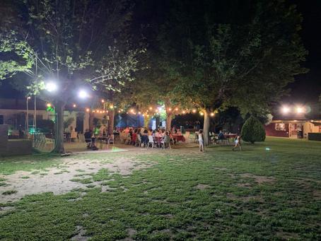 Una nit a la fresca amb música en directe