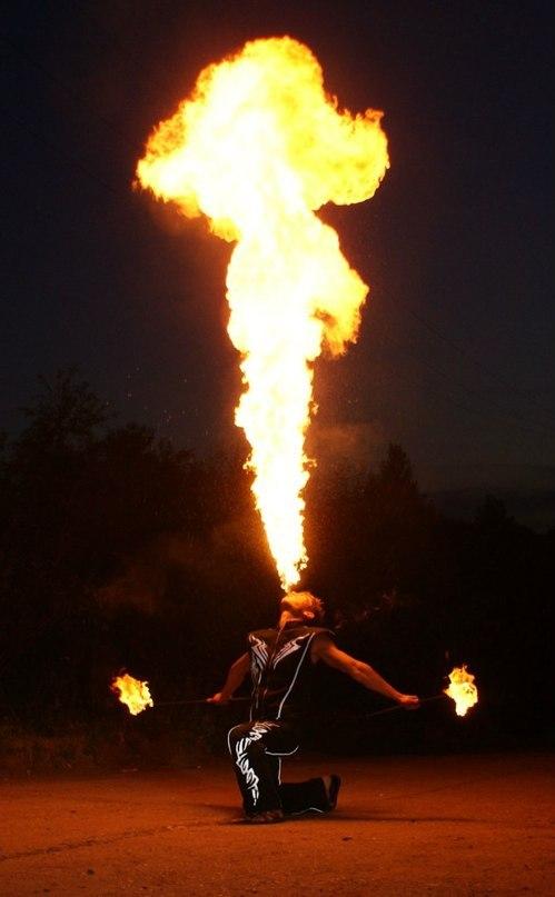 Выдувание огня