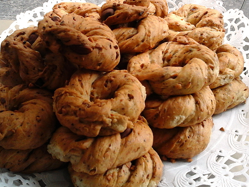 Taralli-napoletani-sugna-e-pepe.jpg