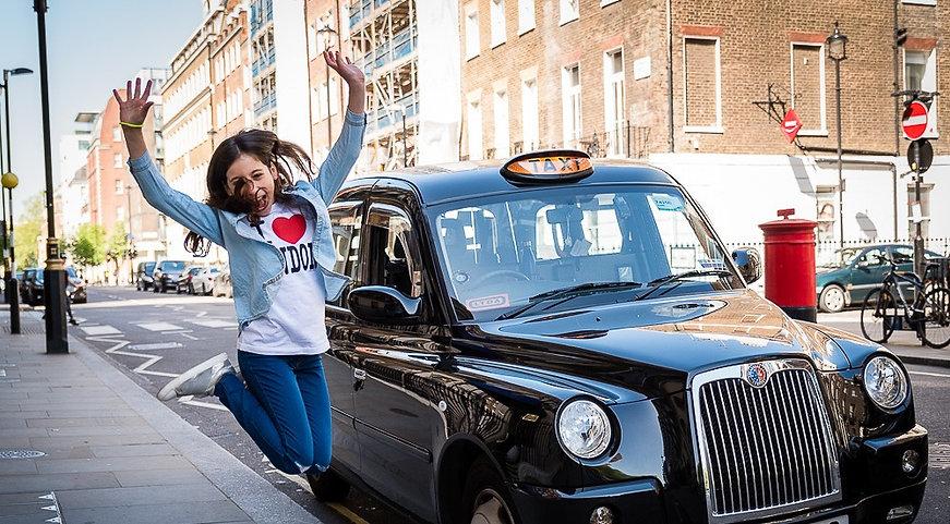 London Black Cab & Customer