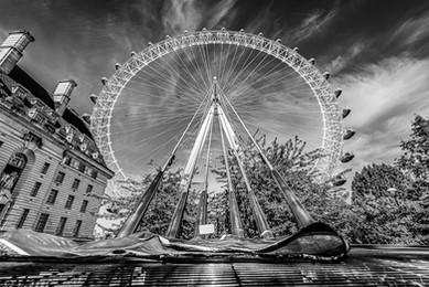 Wide Lens London_437_PSEdit.jpg